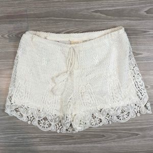 FRANCESCA'S / Birdcage Meadowbend Lace Shorts S